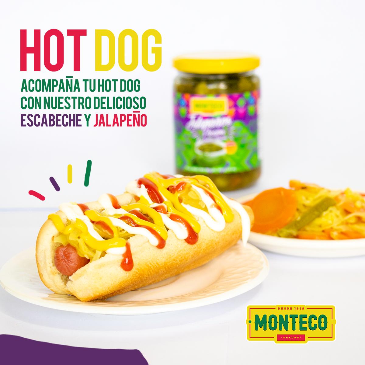 Hot Dog con Escabeche de Verduras y Jalapeños